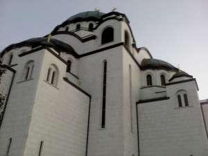 Jutarnje okupljanje kod Hrama Svetog Save