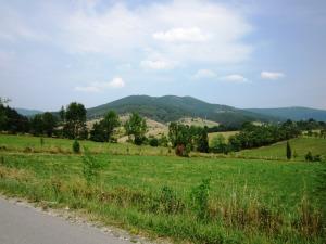 Pogled iz sela Skakavci