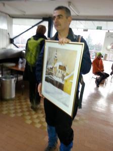 Sa Deletovim poklonom na kraju maratona (foto Sokcsity Z.)